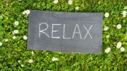 Relax-sign